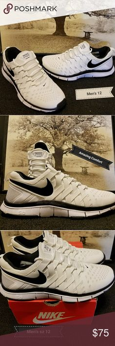 🚫sold🚫Nike Running Shoe Worn once, was a gift. To big for me. Nike Shoes Athletic Shoes