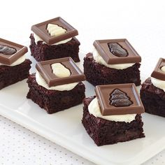 Cute and delicious! We topped off these Ghirardelli Red Velvet Squares with the new Christmas Impressions!