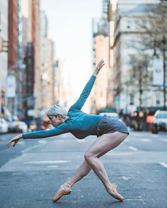 Listen to my podcast episode today with I will be sharing about dance photography and gear along with fellow dance photographer Lois Greenfield Link in my bio ! On this photograph: Allie Gee Dance Photography Poses, Dance Poses, Street Photography, Contemporary Dance Photography, Art Ballet, Ballet Dancers, Bolshoi Ballet, Ballerinas, Tumblr Ballet
