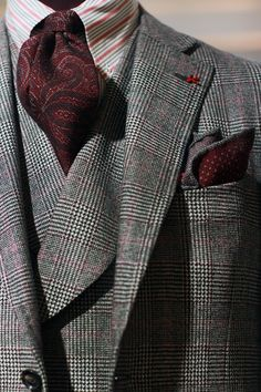 Plaid suit with tapestry stye necktie ... #Mens #Fashion #MensFashion #Clothes #Clothing