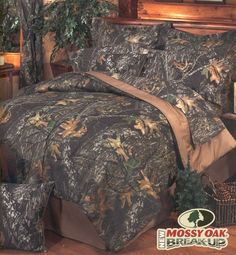 Mossy Oak New Breakup Camouflage Bedding Comforter Mens Bedding Sets, Full Comforter Sets, Queen Bedding Sets, Duvet Sets, Camo Rooms, Pink Camo Bedroom, Camo Bedding, Rustic Bedding, Mossy Oak Camo
