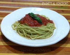 Spaghetti al pomodoro e pesto