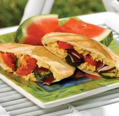 Grilled veggies hummus and feta pita pocket Recipe Grilled Vegetable Sandwich, Grilled Vegetables, Hummus And Pita, Pita Pockets, Vegetarian Recipes, Healthy Recipes, Lunch Snacks, Budget Meals, I Love Food