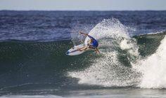 Stu Kennedy (@stueykennedy) takes it over Gabriel Medina (@gabrielmedina) and Mick Fanning (@mfanno) at Snapper Rocks today! (Credits @wsl) #wsl #stukennedy #gabrielmedina #mickfanning #snapperrocks #snapper #maneuvre #surf #surfing #worldsurfleague #wsl #australia #straya #sea #board #amazing by surf_is_love_