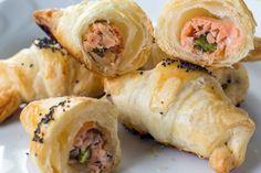 5 ricette da fare con gli asparagi: cornetti salati con salmone