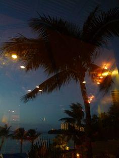 """Cena, """"PALM CAFE"""" (Ristorante) di """"Outrigger Guam Resort"""" (Hotel), Guam (Dicembre)"""