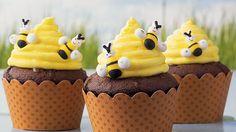 #cup-cakes #カップケーキ #スイーツ #sweets #beehive #ハチ #cook (Via: Beehive Cupcakes ) 一歩間違えば、あぶないカップケーキになりそうなフォルムですね(≧m≦)ぷっ! これはおいしそう。
