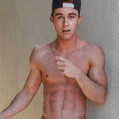 Ryan nackt Kelly  41 Sexiest