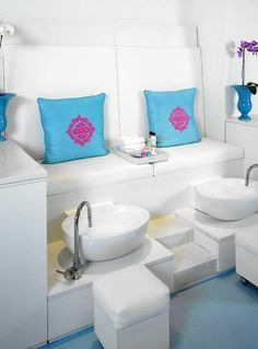Beauty Salon Nails And Spa Design Ideas, so when im rich, im putting this in my pool house(: | Fashion's Most Wanted
