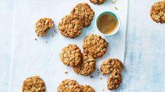 Baking Recipes, Dog Food Recipes, Vegan Recipes, Dessert Recipes, Desserts, Biscuit Cookies, Biscuit Recipe, Condensed Milk Cake, Australian Food