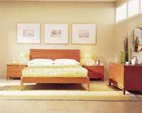 Dormitorio de una de las fábricas más importantes del panorama español del mueble en la década de los 90. Antaix en la Sénia llegó a tener más de 400 trabajadores, fabricando dormitorios, juveniles, salones y despachos.