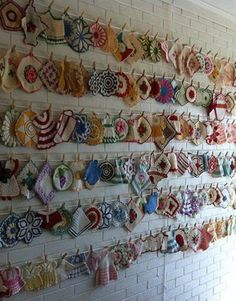You may pass by these darling pot holders at flea markets and wonder what on earth you would do with them. Well, this collector decided to show hers off in a bold way! I could use this idea to display doilies