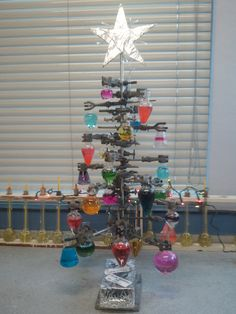 Oh Chemistree, oh chemistree, How lovely are your beakers.  You wish your chem lab was as cool as mine.