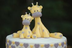 Fondant cake topper  Mother and baby giraffe by HappyCaker on Etsy
