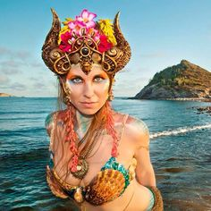 Castle of Shells #headdress, photo by Sonoran Muses #mermaid