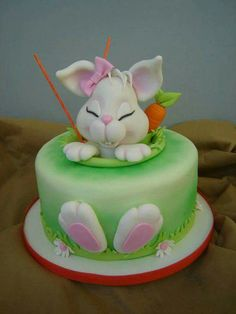 Easter theme cake Decorations cake Easter Bunny Cake ideas for all the Bunny Kisses & Easter Wishes to get directed your way - Hike n Dip Easter Bunny Cake, Easter Cupcakes, Easter Cookies, Easter Treats, Bunny Cakes, Fondant Cakes, Cupcake Cakes, Fondant Tips, Decors Pate A Sucre