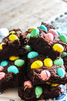 Hope you all had a awesome week :) As I promised, here is a sweet recipe! These brownies turned out amazing! To make them extra chocolaty and chewy, … Chocolate Covered, Sweet Recipes, Brownies, Eggs, Candy, Desserts, Chocolate Frosting, Cake Brownies, Tailgate Desserts
