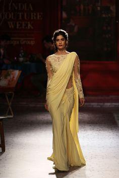 Monisha Jaising for India Couture Week 2014 via Vogue India Western Dresses, Indian Dresses, Indian Outfits, Indian Clothes, India Fashion, Suit Fashion, Fashion Looks, Sequin Coats, Designer Sarees Wedding