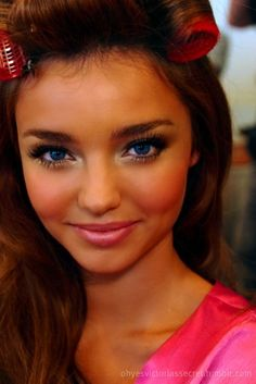 Angelic makeup. Miranda Kerr. So pretty