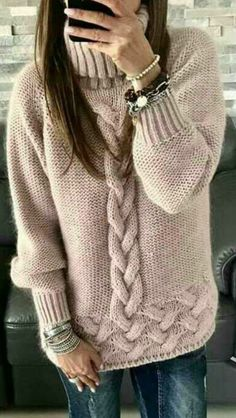 44 Knitted Women Sweaters Trending Now sweaters for women knitwear 44 Knitted Women Sweaters Trending Now - Fashion New Trends Trending Now Fashion, Handgestrickte Pullover, Knit Fashion, Pulls, Modest Fashion, Fashion 2018, Fashion Outfits, Knitting Patterns, Crochet Patterns