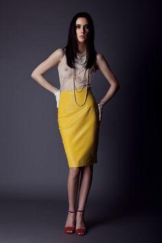 Sexy leren kokerrok geel van Belgische designer Alchimie