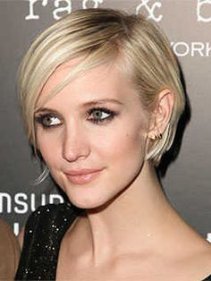 Short Haircuts for Square Shaped Faces: Sleek Short Crop, Ashlee Simpson