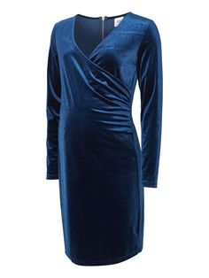 Dark blue velvet dress from MAMALICIOUS. Perfect going out dress - don't forget the heels.