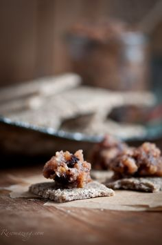 Walnut Pear Crackers with Pear Fig compote. RAW!
