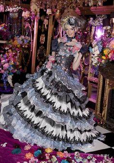 C5F-511|Sugar Kei|ブランド|オシャレでこだわり、個性的なウェディングドレス、カラードレス、タキシードレンタルならドレスショップブランシェ