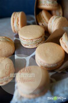 Pumpkin Buttercream French Macaroons // TriedandTasty