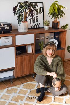 Each article has a place in Esra Eren's shared flat with her #GRYDshelf. Inspired by the mid-century style, her grandmother's aesthetic, and her childhood, the blogger designed a shelf that holds more than just items. Looking for more inspiration? Visit mycs.com!  Photo by: Esra Eren I nachgesternistvormorgen.de   #designedbyyou #mymycs #mycs #naturaltones #woodenfurniture #interiordesign #minimalism #natural Famous Furniture Designers, A Shelf, Shelves, Boho Stil, Trends, Classy Chic, Mid Century Style, Wooden Furniture, Mid-century Modern