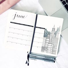 20 Monthly Spread Ideas And How to Use Them Monthly bullet journal layout planner Ideas Monthly Bullet Journal Layout, Bullet Journal Set Up, Bullet Journal Aesthetic, Bullet Journal Themes, Bullet Journal Inspiration, Bullet Journal Calendar Ideas, Bullet Journal Timetable, Bullet Journal Month Page, Bullet Journal Yearly Spread