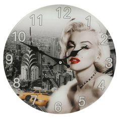 Round Wall Clock with Marilyn Monroe