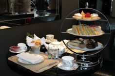 Scrumptious afternoon tea at @Four Seasons Hotel London at Park Lane