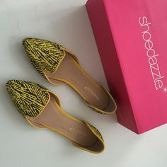 Yellow print flats, new with box size 7.5 Yellow print pointy toe flats. New with box. Size 7.5, fits like size 8. No trades, no pp, no exceptions! Shoe Dazzle Shoes Flats & Loafers