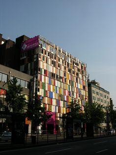 Building of doors in Korea