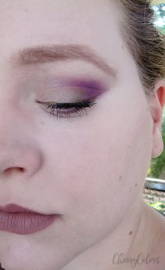 Late at night - Eye Makeup - Cherry Colors - Cosmetics Heaven!
