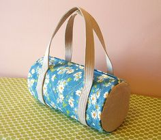 Round duffel purse   Quilted body, linen accent   pinklemonadeboutique   Flickr