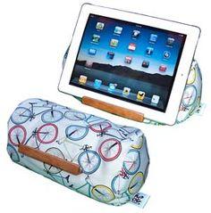 'Lap Log' eReader/Tablet Holder