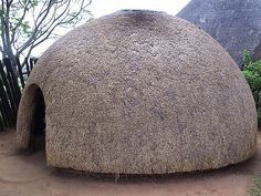 Zulu Hut - Photograph taken in Hluhluwe South Africa. Natural Architecture, Pavilion Architecture, Vernacular Architecture, Ancient Architecture, Sustainable Architecture, Residential Architecture, Amazing Architecture, Contemporary Architecture, Minimalist Architecture