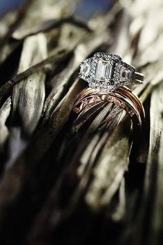 A Chic Caribbean Destination Wedding in Jamaica - Munaluchi Bridal Magazine #bvlgari #therings