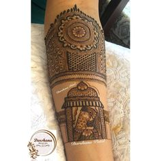 Image may contain: one or more people and closeup Engagement Mehndi Designs, Latest Bridal Mehndi Designs, Dulhan Mehndi Designs, Wedding Mehndi Designs, Best Mehndi Designs, Beautiful Henna Designs, Beautiful Mehndi, Mehndi Art, Henna Mehndi
