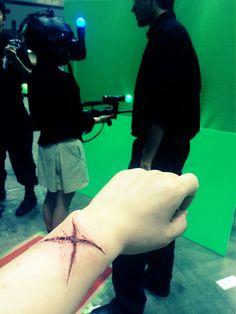 IMAXでトランスフォーマー観て、バーチャルディスコ体験して、立体アートタトゥーで切り傷入れて。今日は3D祭りでした〜。