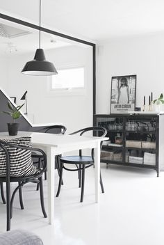 Dining area, Stylizimo living room, Scandinavian style, black and white