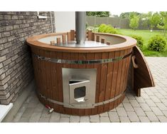 Luxurious m thermowood hot tub with integrated oven - Luxurious m thermowood hot tub with integrated oven Best Picture For kitchen garden For Your - Backyard Smokers, Hot Tub Backyard, Hot Tub Garden, Jacuzzi, Saunas, Integrated Oven, Kitchen Pictures, Wet Rooms, Diy Garden Decor