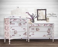 Set of Two Antique Dresser Chest of Drawers Painted in White with Flowers and French Script - Message for Shipping Quote Upscale Furniture, Upcycled Furniture, Custom Furniture, Furniture Painting Techniques, Chalk Paint Furniture, Furniture Makeover, Furniture Decor, Furniture Design, Rose Gold Painting