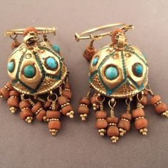 Uzbekistan | Earrings; silver, gold, coral and turquoise | First half of the 20th century | ©Michel Halter