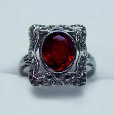 Here is this very attractive early century Edwardian era solid 14 K yellow and white gold ring with matching old mine cut diamonds and a grape garnet center stone ( Rhodolite Garnet ). Garnet Jewelry, Pink Jewelry, Garnet Rings, Jewelry Box, Black Rings, White Gold Rings, Gothic Jewelry, Modern Jewelry, Vintage Rings