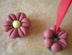 Cold Porcelain Tutorials: Ornaments-Magnets Gum paste, too??