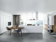 Lacquered kitchen with island without handles CLOE 01 by Cesar Arredamenti | design Gian Vittorio Plazzogna